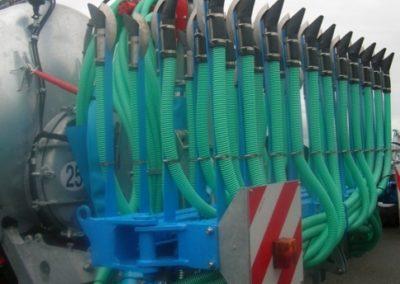 TCI-10400-EL8-7-5m-34-patins-Broyeur-repartiteur-vertial-alimentation-superieure-1-.JPG_imgForFacebox